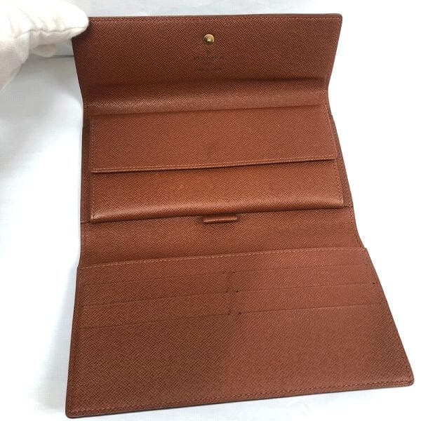 LOUIS VUITTON/ルイヴィトン 長財布 ポルトフォイユ インターナショナル M61217 モノグラム 中身または上からの写真