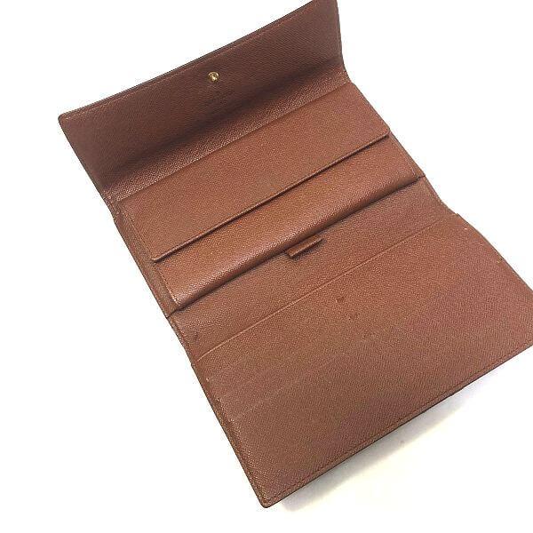 LOUIS VUITTON/ルイヴィトン 3つ折り 財布 ポルトフォイユ インターナショナル M61217 モノグラム 裏側の写真