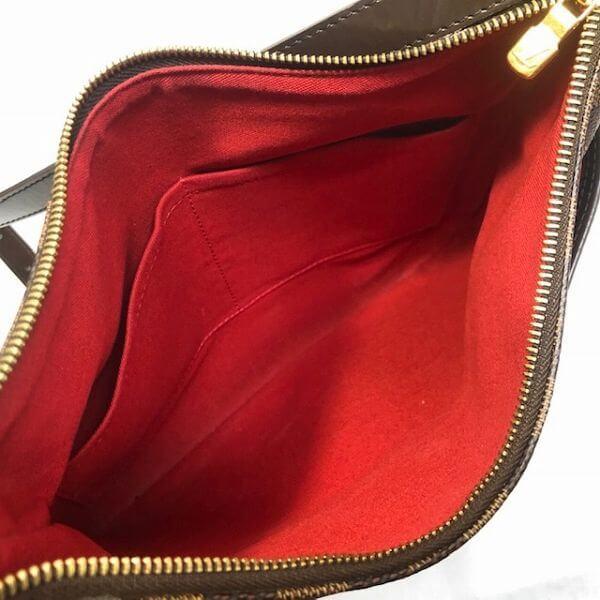 LOUIS VUITTON/ルイヴィトン 袈裟がけショルダーバッグ ブルームズベリPM N42251 ダミエ 中身または上からの写真