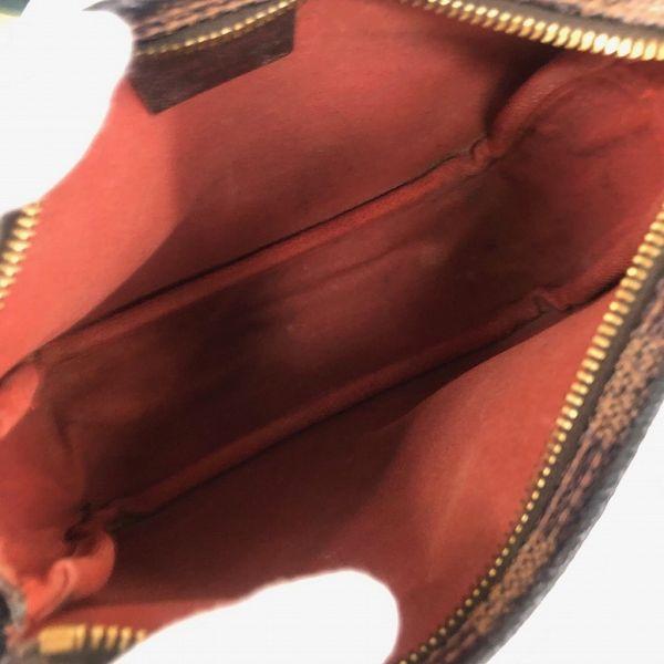 LOUIS VUITTON/ルイヴィトン ハンドポーチ トゥルース メイクアップ N51982 ダミエ 中身または上からの写真