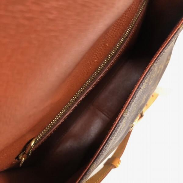LOUIS VUITTON/ルイヴィトン 袈裟がけショルダーバッグ サンクルー M51242 モノグラム 中身または上からの写真