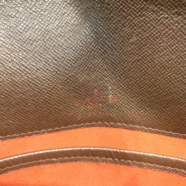 LOUIS VUITTON/ルイヴィトン 袈裟がけショルダーバッグ ミュゼットタンゴ ロング N51301 ダミエ 中身または上からの写真