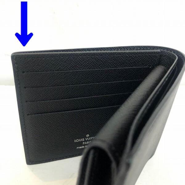 LOUIS VUITTON/ルイヴィトン 2つ折り 財布 ポルトフォイュ マルコ M62289 エピ シリアルの場所(引きの画像)