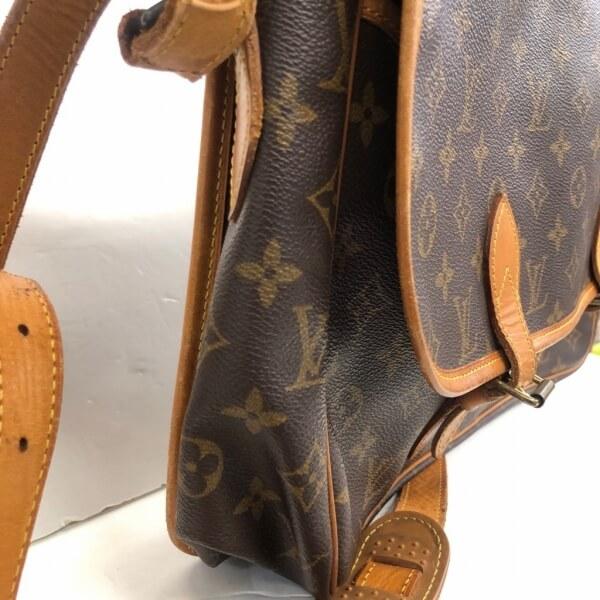 LOUIS VUITTON/ルイヴィトン ショルダーバッグ ジベシエールGM M42249 モノグラム 側面の写真