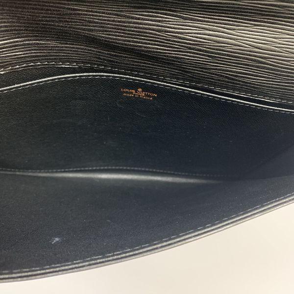 LOUIS VUITTON/ルイヴィトン クラッチバッグ イエナ M52712 エピ 中身または上からの写真